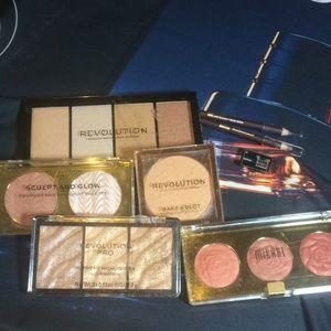 Make up 7 bundle highlighters Revolution milani